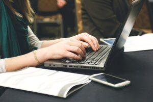 Ebook - Jak stworzyć chat - bota